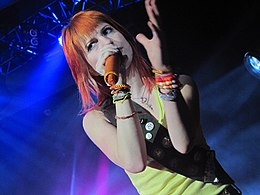 Hayley Williams Paramore 8-16-2010.jpg