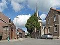 Hees, de Sint Quintinuskerk (RM676) in straatzicht foto2 2012-06-17 10.47.JPG