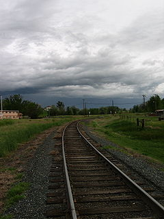 Hermiston traintracks.JPG