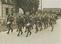 Het detachement van het 10e regiment infanterie uit Ede onder commando van de 1e – F40276 – KNBLO.jpg