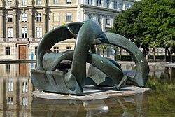 Henry Moore: Hill Arches