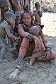 Himbas, Himbové cestou k vodopádům Epupa Falls - Namibie - panoramio (1).jpg
