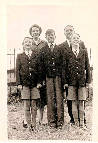 Tony Holland - The Holland family at Romford Station early 50s