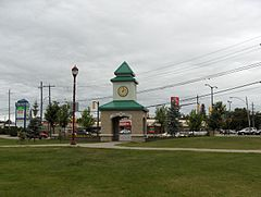 Hollinger Park Clock Tower.JPG
