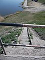 Hortobágy-Berettyó közúti híd, lépcső és korlát, 2019 Mezőtúr.jpg