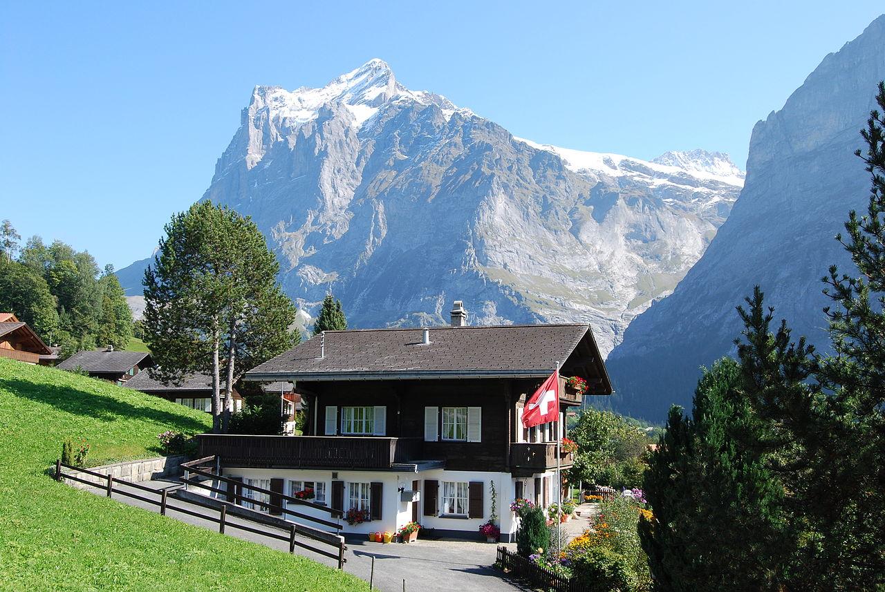 House in Grindelwald.JPG