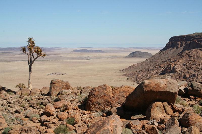 File:Huib-Plateau - Überblick.jpg