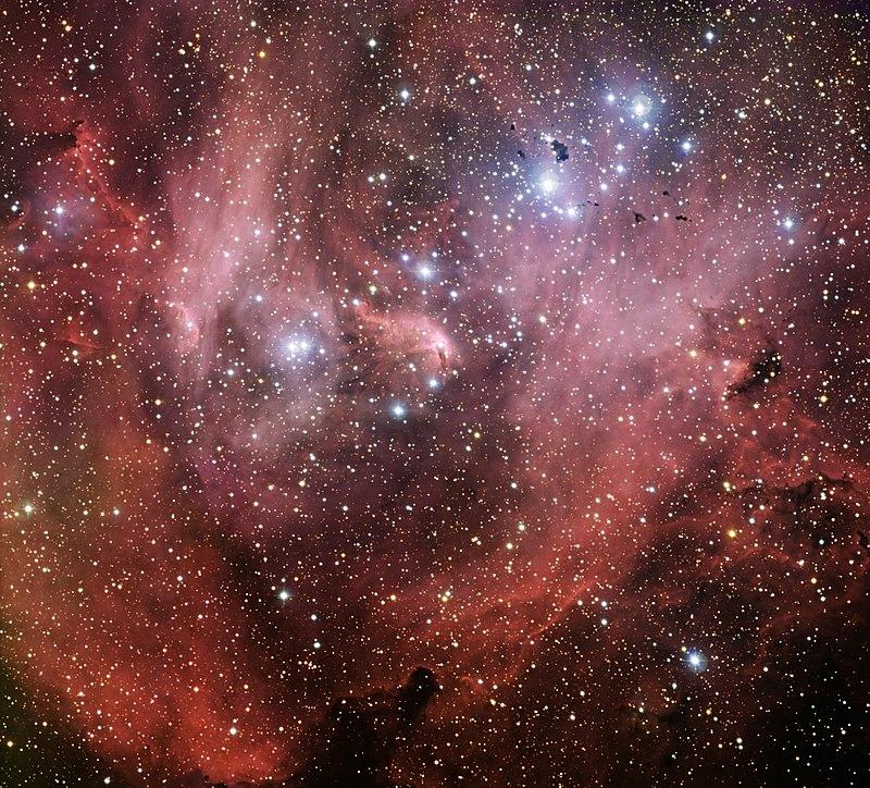 IC 2944, amas ouvert associé à une nébuleuse en émission, situé dans la constellation du Centaure, à une distance approximative de 5900 années-lumière.  (définition réelle 8579×7763)