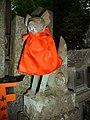 Inari fox statues, Fushimi Inari-taisha 10.jpg
