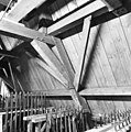 Interieur zolder, balkconstructie - Delft - 20049206 - RCE.jpg