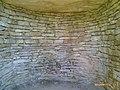 Interior hipogeo Longar - panoramio.jpg