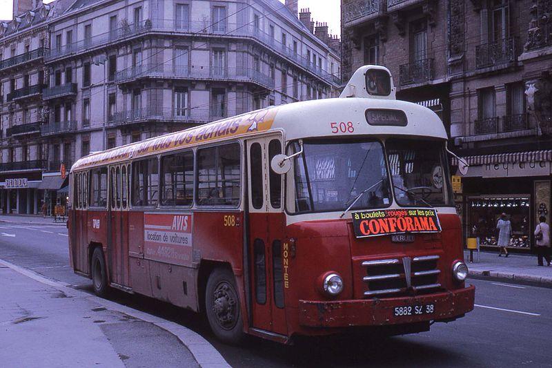 File jhm 1975 0618 f grenoble wikimedia commons - Location camion grenoble ...