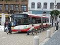 Jablonec nad Nisou, Dolní náměstí, autobus Solaris Urbino 18.jpg