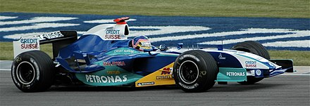 Jacques Villeneuve qualifying at the 2005 United States Grand Prix in his Sauber C24 Jacques Villeneuve (Sauber) qualifying at US Grand Prix 2005.jpg