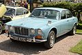 Jaguar XJ6 4.2 Series 1 (1969).jpg