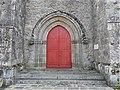 Jarnages église portail.jpg