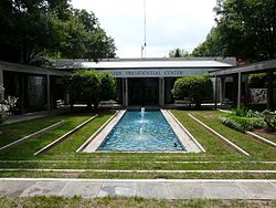 Jimmy Carter Library and Museum 07.JPG