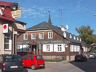 Bielsk Podlaski - A wooden inn called Słuszna near the marketplace and town hall