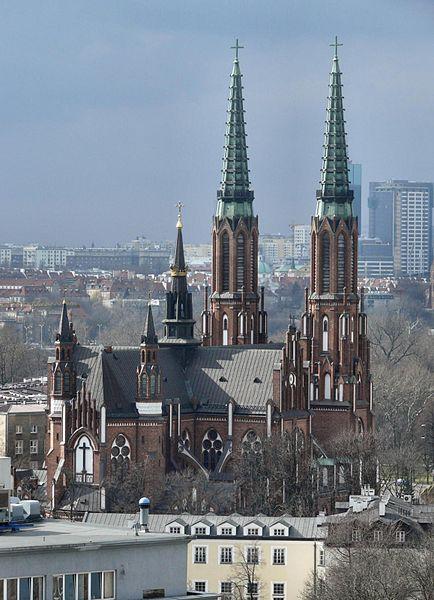 Eglise Saint Florian sous la neige à Varsovie dans le quartier de Praga - Photo de MazowieckiPielgrzym