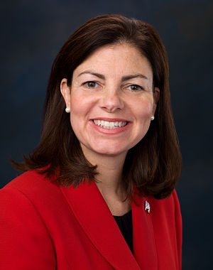United States Senate election in New Hampshire, 2010 - Image: Kelly Ayotte, Official Portrait, 112th Congress 1