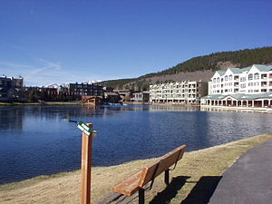 English: Keystone Resort with Lake Deutsch: Ke...