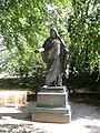Kirch Poppentin Kirchhof Jesusstatue 2009-08-31 064.jpg
