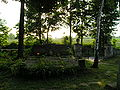 Kościelec - cmentarz, brama boczna (26.VI.2006).JPG
