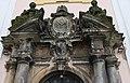 Kostel Panny Marie Pomocnice na Chlumku - vstupní portál.jpg