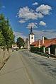 Kostel svatého Martina - pohled z dálky, Ptení, okres Prostějov.jpg