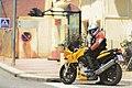 La moto amarilla (8118525157).jpg