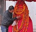 La statue d'Hanuman (Katmandou) (8587212576).jpg
