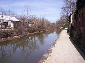 Delaware and Raritan Canal in Lambertville, Ne...