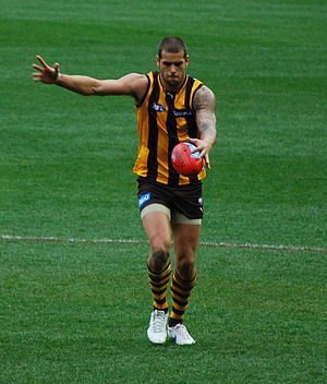 Lance Franklin - Franklin kicking for goal against Port Adelaide in round 21, 2011
