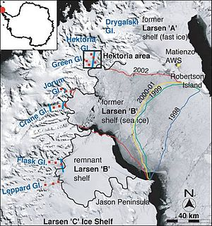 Long-term effects of global warming - The collapse of Larsen B Shelf, showing the diminishing extent of the shelf from 1998 to 2002