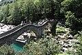 Lavertezzo. Ponte dei salti. 2011-08-13 11-20-23.jpg