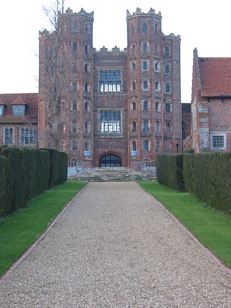 File:Layer marney2.jpg