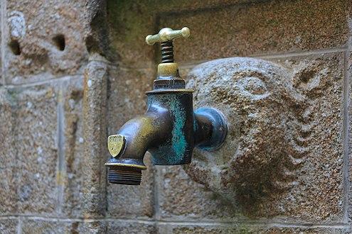 tap water deutsch