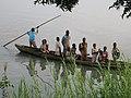 Les élèves dans Pirogue à Guezin.jpg