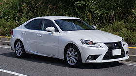 Lexus IS300h 2015 japan front.JPG