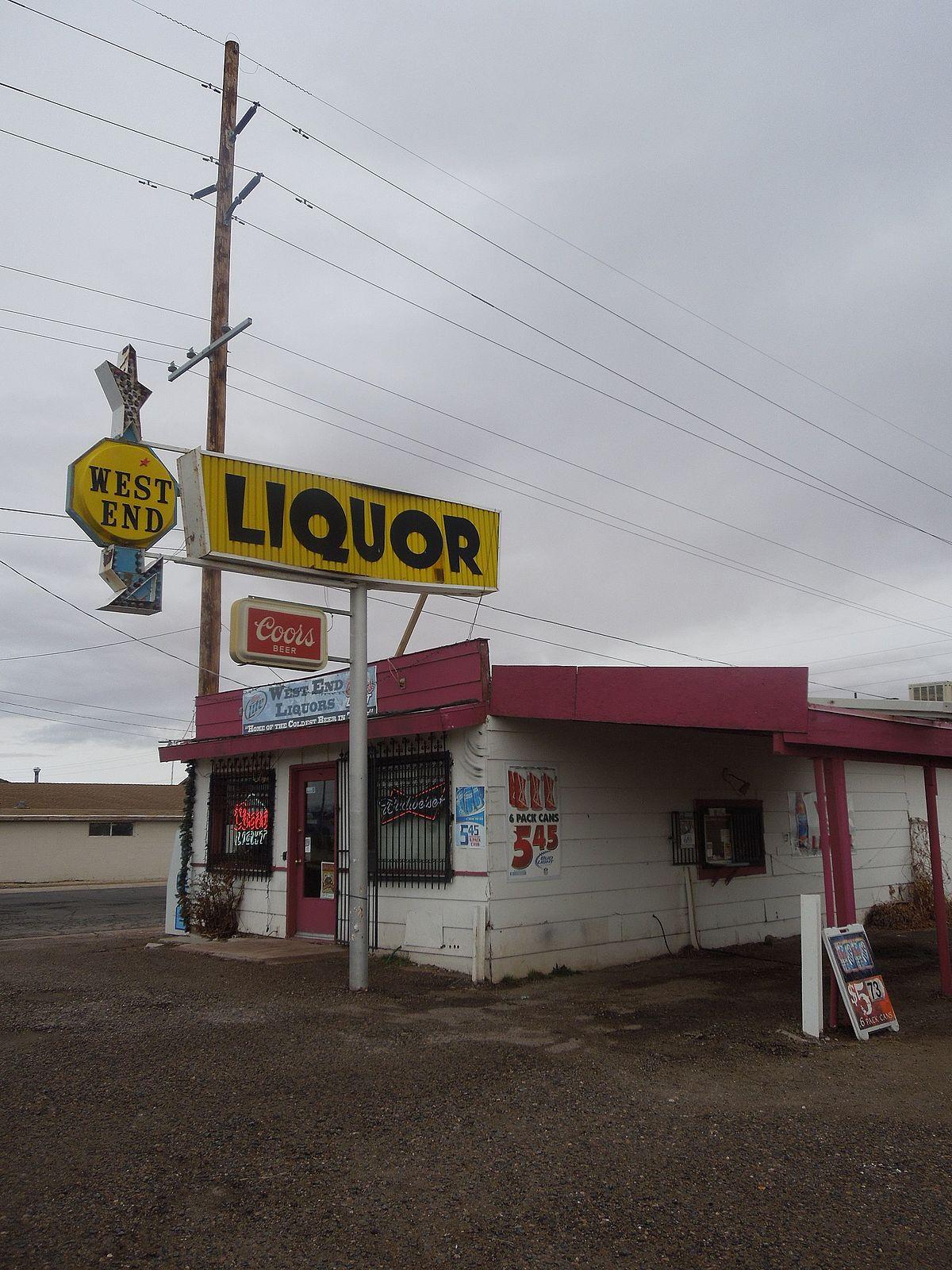 Liquor Store in Holbrook Arizona.JPG