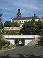 Litoměřice, toren van de Katedrála svatého Štěpána Dm356255-1754 in straatzicht IMG 7786 2018-08-12 11.57.jpg