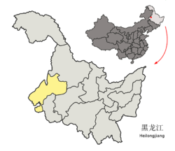 Location of Qiqihar City (yellow) in Heilongjiang (light grey) and China