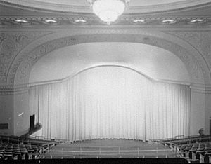 Loew's State Theatre (New York City) - Photo of the theatre's interior in 1959