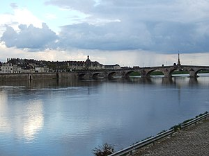 Loire - The Loire as it flows through Blois.