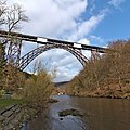 Müngstener Brücke mit Gerüst 2016.jpg