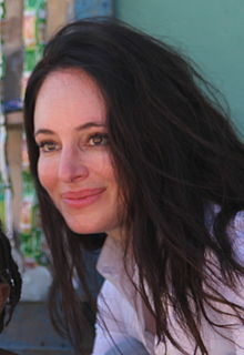 alt=Description de l'image Madeleine Stowe in Haiti crop.jpg.
