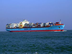 Maersk Mytilini p1 approaching Port of Rotterdam, Holland 01-Apr-2007.jpg