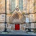Main entrance to Queen's Park Baptist Church, Glasgow, Scotland 09.jpg