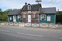 Mairie Saint Crespin.jpg