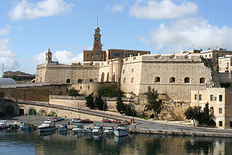 Fortifications of Senglea - Image: Malta city wall